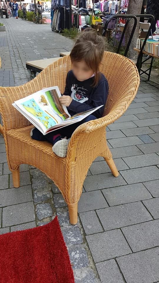 Erste Leserin